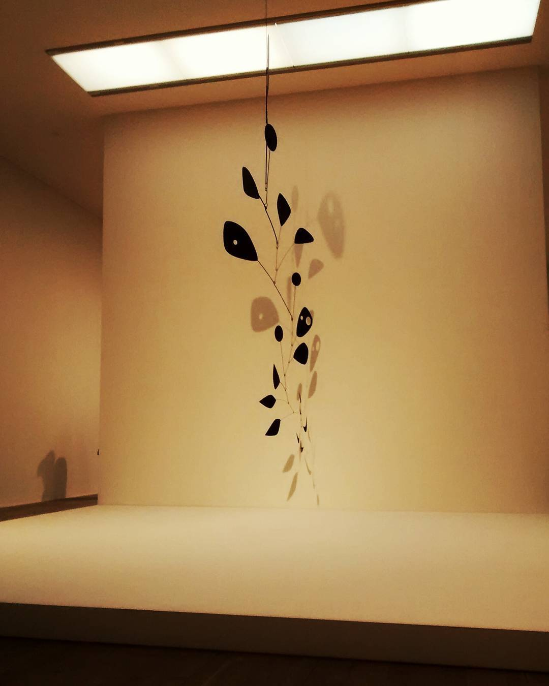 Alexander Calder,  performing sculpture.