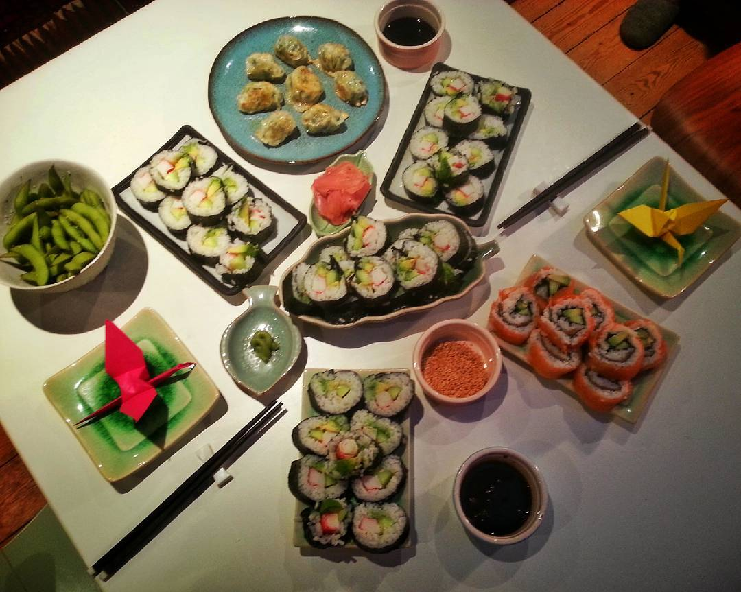 Pregnancy friendly homemade #sushi session.  We went a little bit overboard so there is some left for breakfast and lunch tomorrow 😸